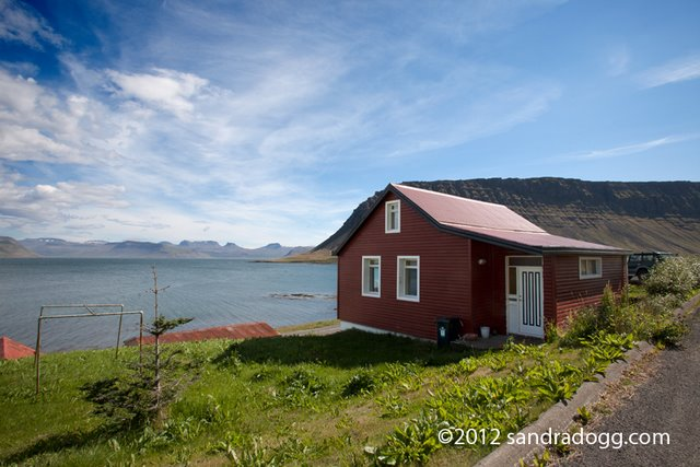 Book this Bíldudalur cottage here!